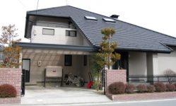 大屋根のある家